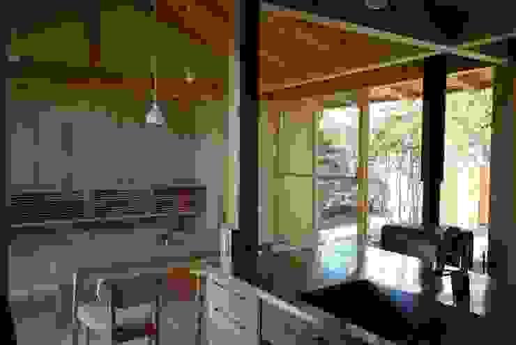 留木の家 オリジナルデザインの リビング の 神谷建築スタジオ オリジナル