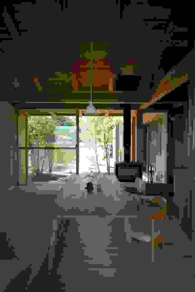 留木の家 オリジナルデザインの ダイニング の 神谷建築スタジオ オリジナル