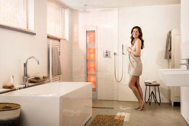AM Badkamers – Sunshower Moderne badkamers van AM Badkamers Modern