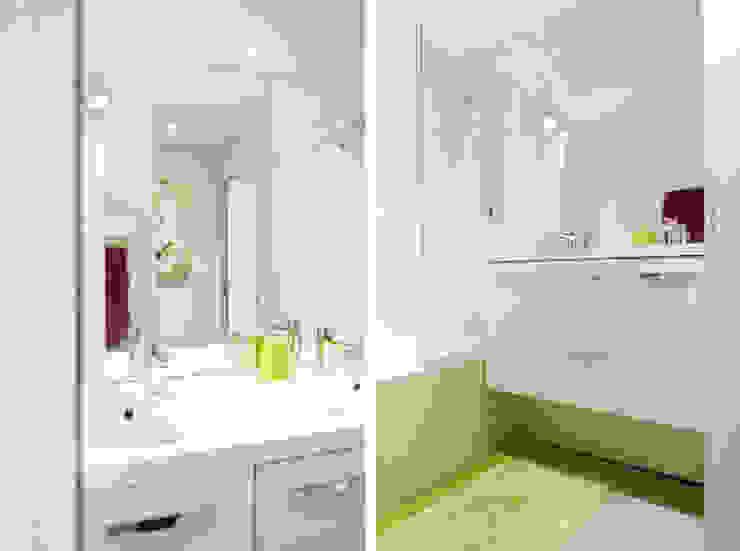 Rénovation d'un appartement à Fontaines sur Saone Salle de bain moderne par Marion Lanoë Moderne