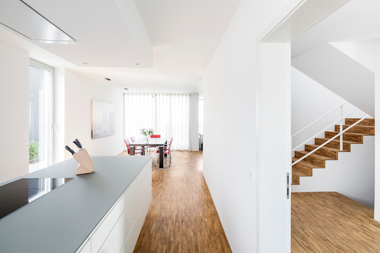 Кухни в . Автор – Corneille Uedingslohmann Architekten