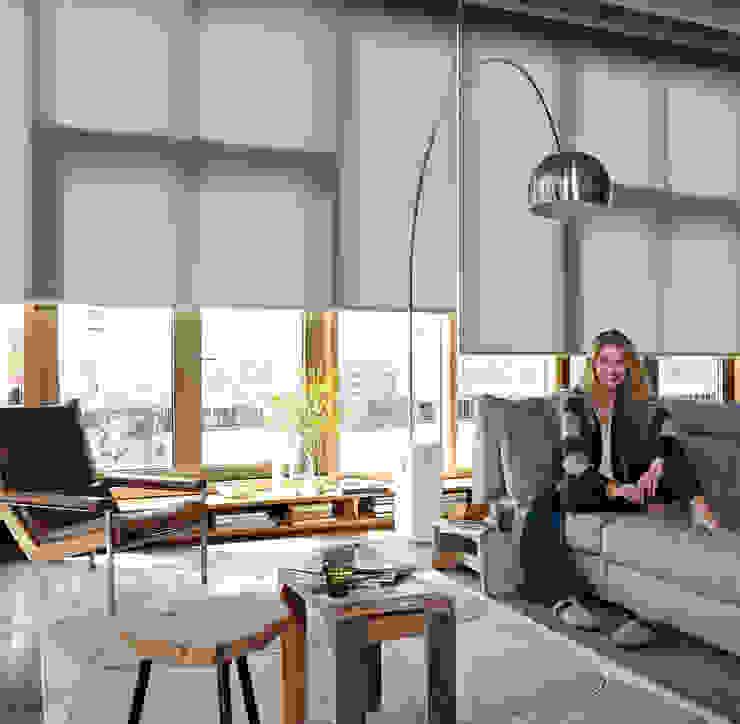 Estores Enrollables Luxaflex de Luxaflex Concept Store Escandinavo