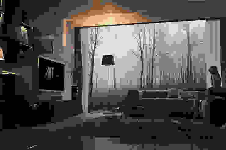 现代客厅設計點子、靈感 & 圖片 根據 dellaschiava 現代風