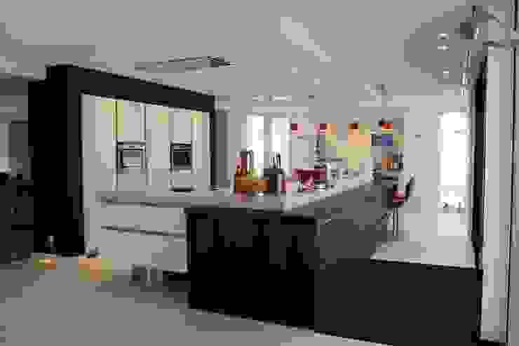 Modern kookeiland Next125 Moderne keukens van Tinnemans Keukens Modern