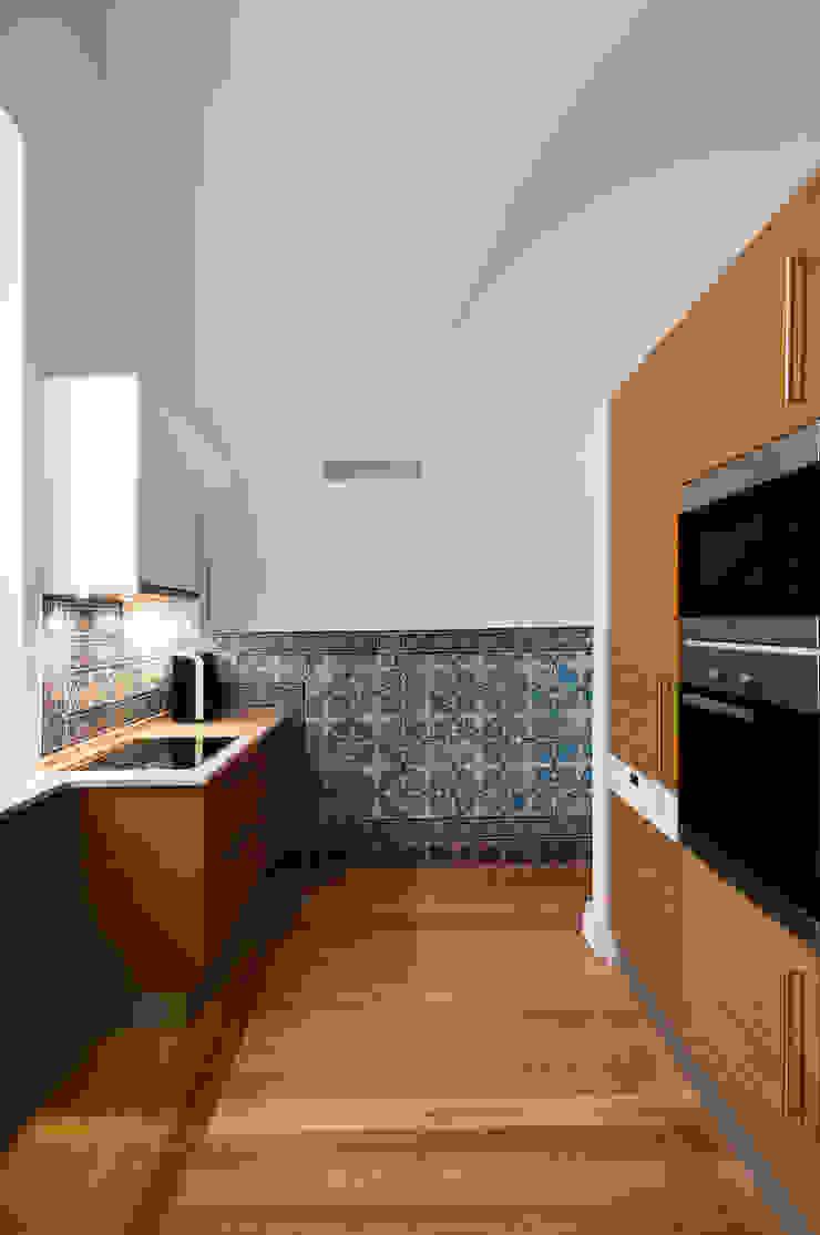 Cozinha Cozinhas modernas por Staging Factory Moderno