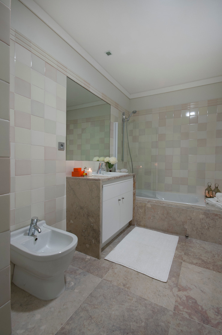 CONVENTO DOS INGLESINHOS Casas de banho clássicas por Staging Factory Clássico