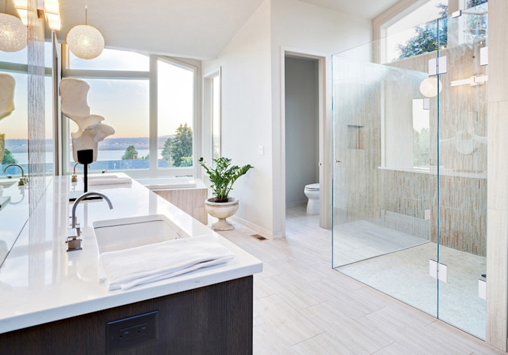 Saxoboard Wellness & Duschsysteme GmbH Salle de bain moderne