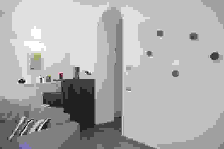 Modern living room by Studio di architettura Miletta Modern