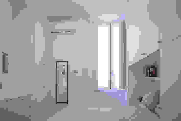 Спальня в стиле минимализм от Studio di architettura Miletta Минимализм
