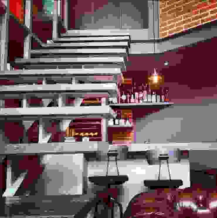 Escalera Pasillos, vestíbulos y escaleras modernos de Quinto Distrito Arquitectura Moderno Madera maciza Multicolor