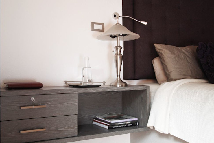 Detalle de buró personalizado Dormitorios modernos de Quinto Distrito Arquitectura Moderno Madera Acabado en madera