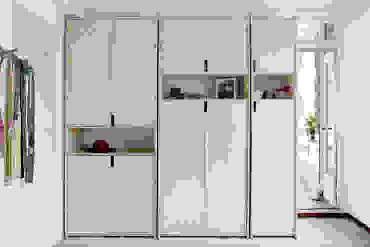sandra nielen BedroomWardrobes & closets