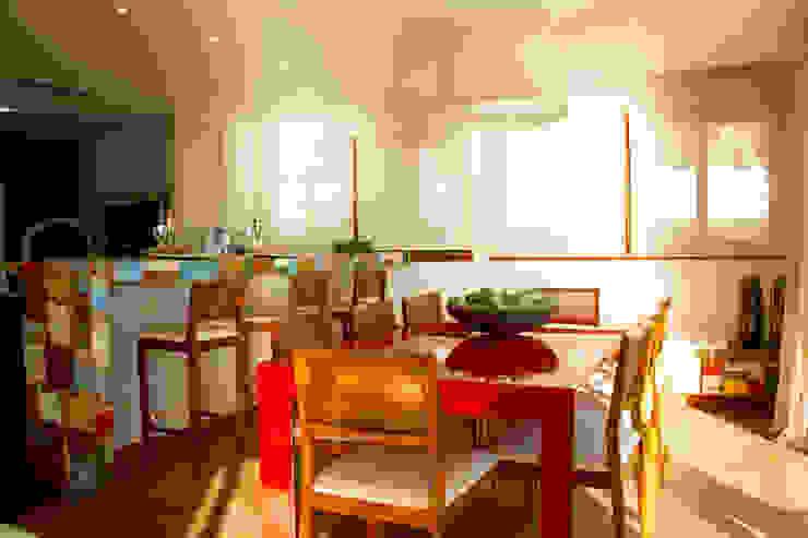 Ruang Makan Gaya Rustic Oleh Espaço do Traço arquitetura Rustic