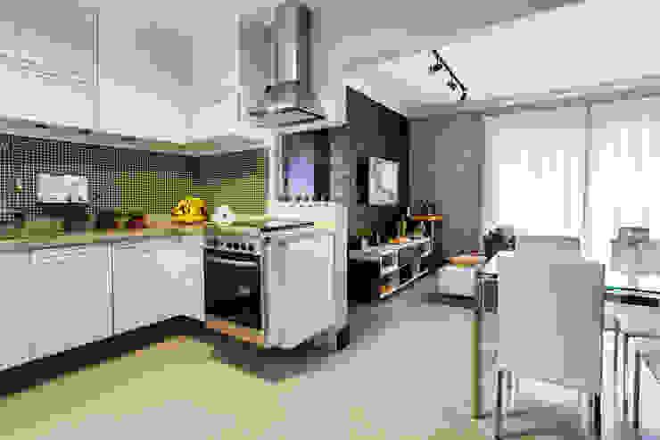 Cozinha integrada: Cozinhas  por Lo. interiores