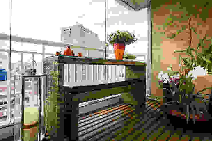 Balcon, Veranda & Terrasse rustiques par Lo. interiores Rustique