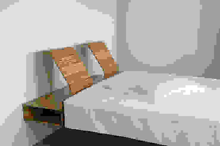 Bed : modern  door meubelmakerij mertens, Modern