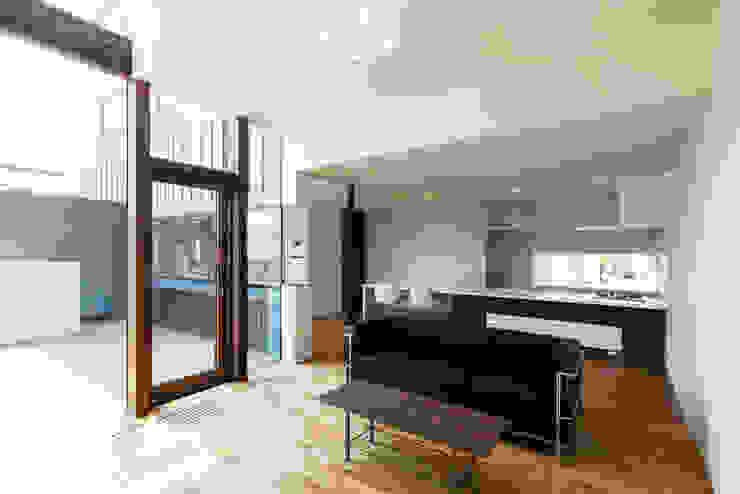 Ruang Keluarga by 一級建築士事務所 Atelier Casa