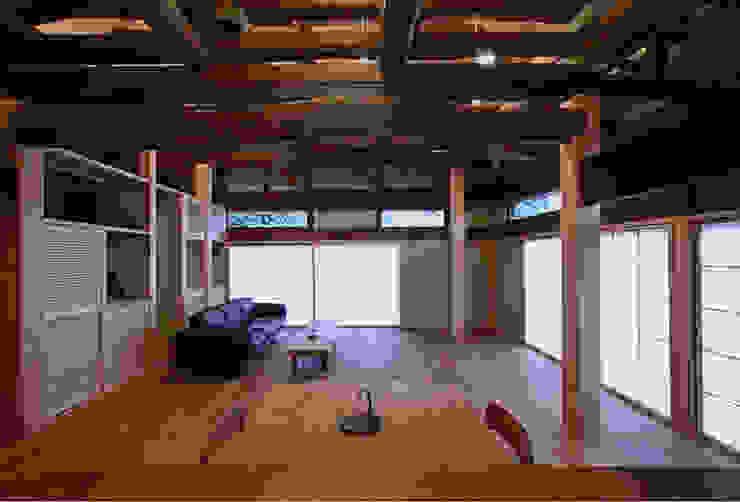 リビングダイニング オリジナルデザインの リビング の 松井建築研究所 オリジナル