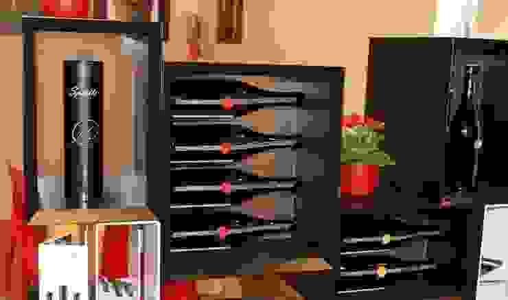 Mueble para vino de madera Esigo 5 Floor Bodegas de vino de estilo moderno de Esigo SRL Moderno Madera Acabado en madera