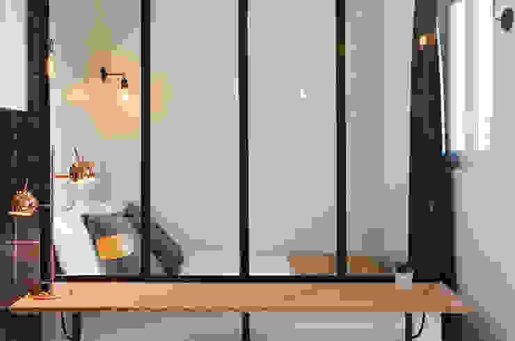 Verrière Chambre scandinave par LLOW (Like a Line on a Window) Scandinave