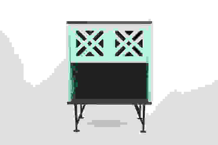 MAI by APOTEMA de APOTEMA Estudio de Diseño Moderno Tablero DM