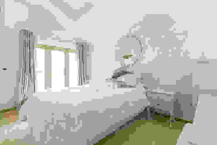 Freezeland Barn Modern style bedroom by SDA Architecture Ltd Modern