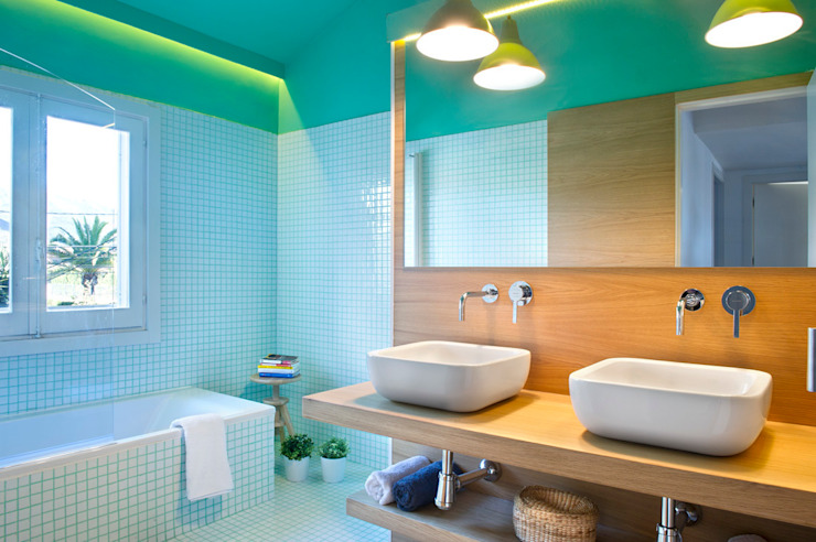 Bathroom by Egue y Seta,