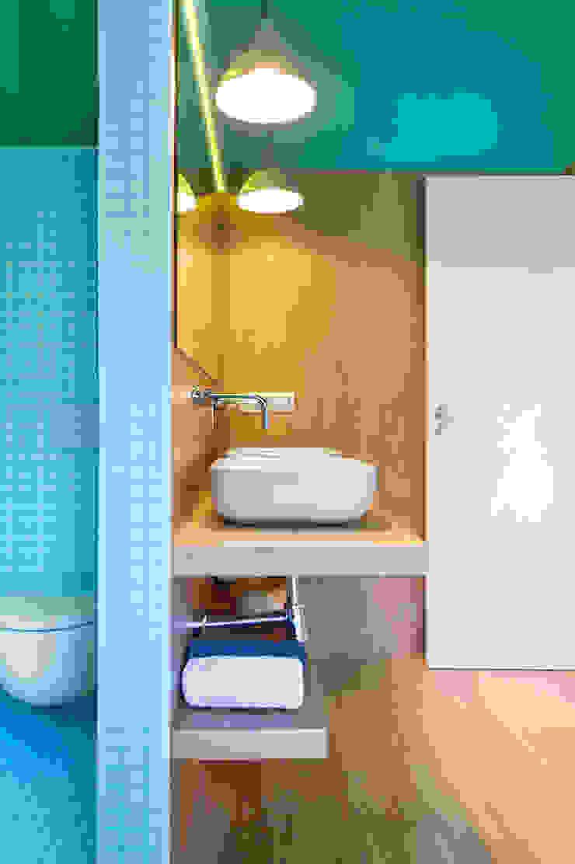 Vivienda en Benicassim. Valencia Baños de estilo moderno de Egue y Seta Moderno