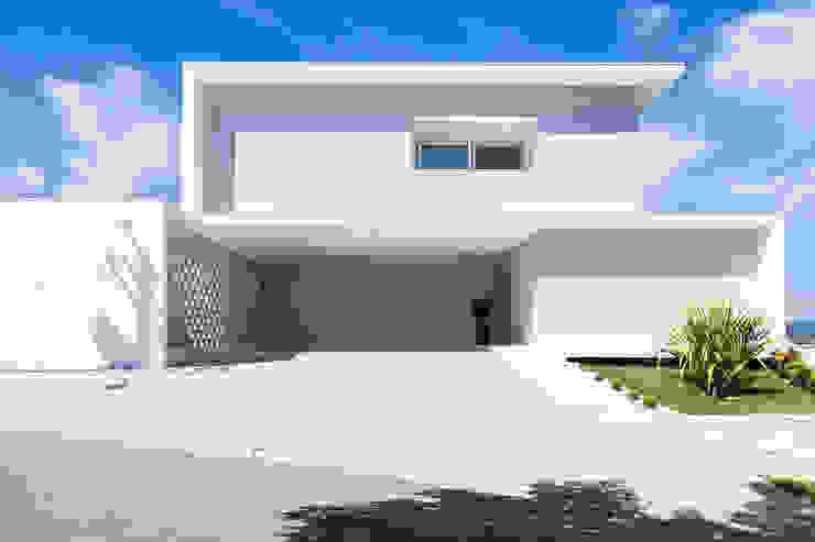 Casa FD Casas modernas por SAA_SHIEH ARQUITETOS ASSOCIADOS Moderno