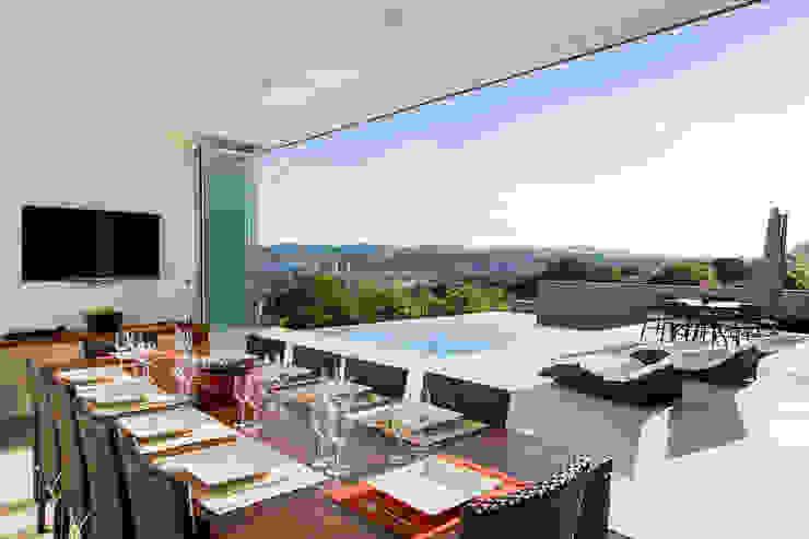 Casa FD Varandas, alpendres e terraços modernos por SAA_SHIEH ARQUITETOS ASSOCIADOS Moderno