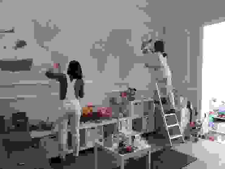 Mural infantil mapamundi Dormitorios infantiles de estilo clásico de info6104 Clásico
