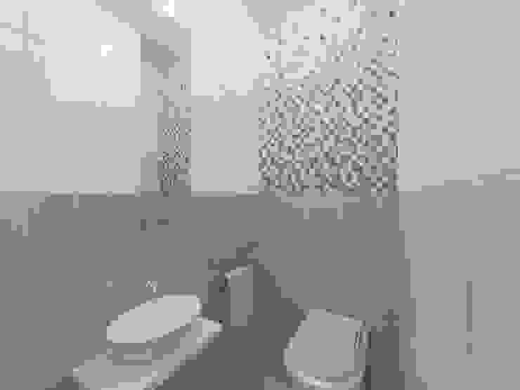 Современная квартира в Тюмени: визуализация Ванная комната в стиле модерн от OK Interior Design Модерн