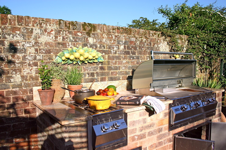 Outdoor Kitchen Jardines de estilo rústico de Design Outdoors Limited Rústico