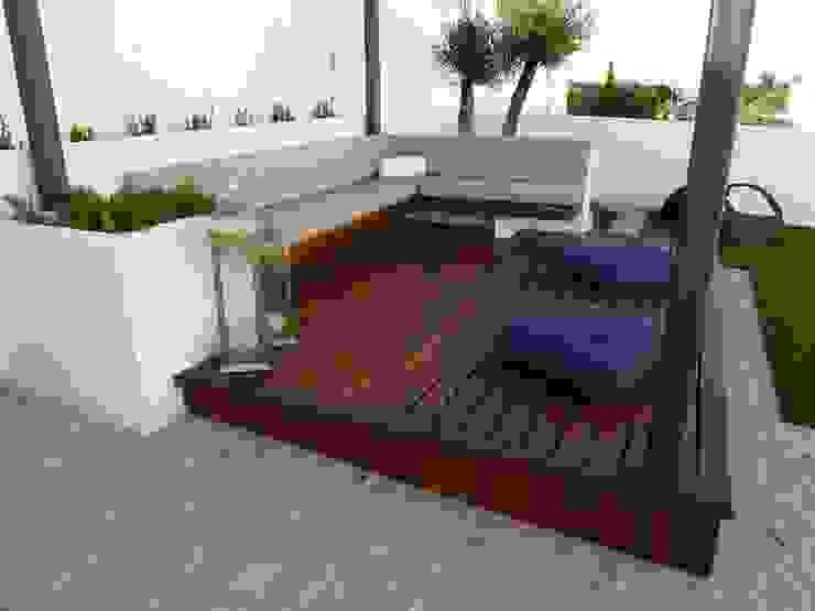 Minimalistyczny balkon, taras i weranda od Ángel Méndez, Arquitectura y Paisajismo Minimalistyczny