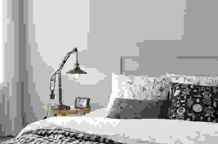 Bedroom by 까사라이트