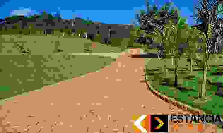 Estância Pedras Rustic style garden