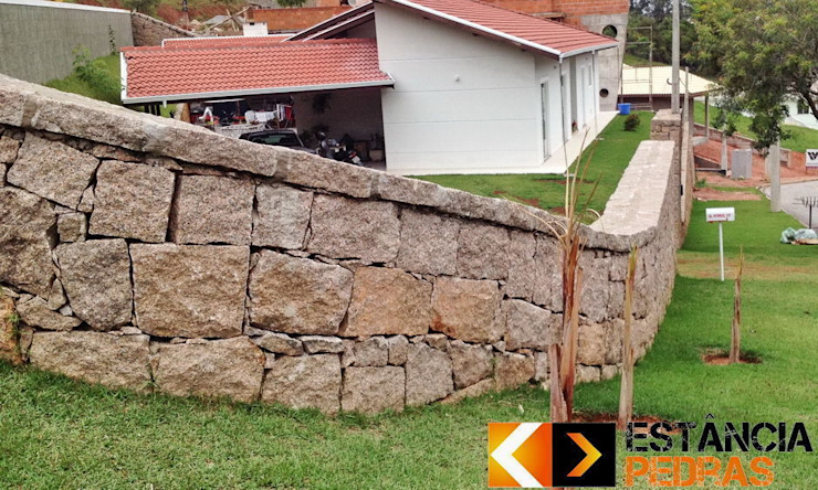 Estância Pedras Dinding & Lantai Gaya Rustic