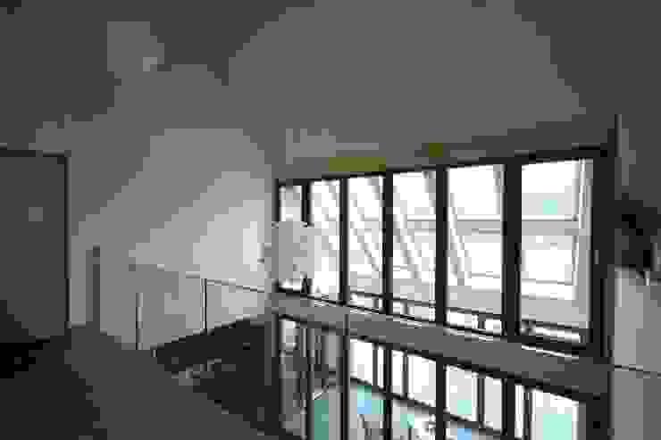 Featherbrook House Moderner Balkon, Veranda & Terrasse von PKA Architects Ltd Modern
