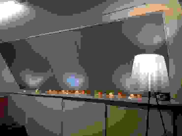 大容量書斎の収納: ティー・ケー・ワークショップ一級建築士事務所が手掛けたスカンジナビアです。,北欧