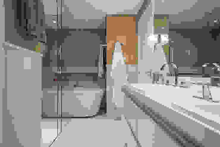 Apartamento São Caetano do Sul Banheiros ecléticos por Biarari e Rodrigues Arquitetura e Interiores Eclético