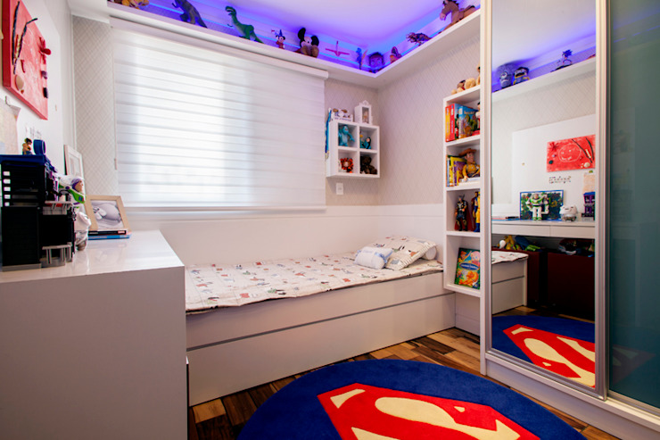 Nursery/kid's room by Biarari e Rodrigues Arquitetura e Interiores