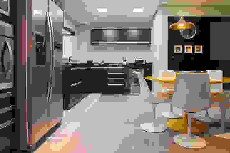 Apartamento São Caetano do Sul Cozinhas modernas por Biarari e Rodrigues Arquitetura e Interiores Moderno
