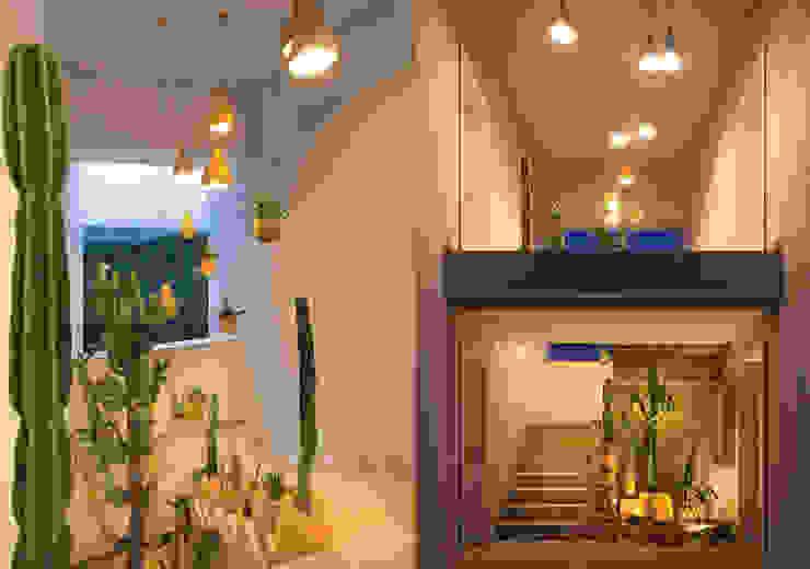 Centros de exposiciones de estilo  por Ateliê de Cerâmica - Flavia Soares