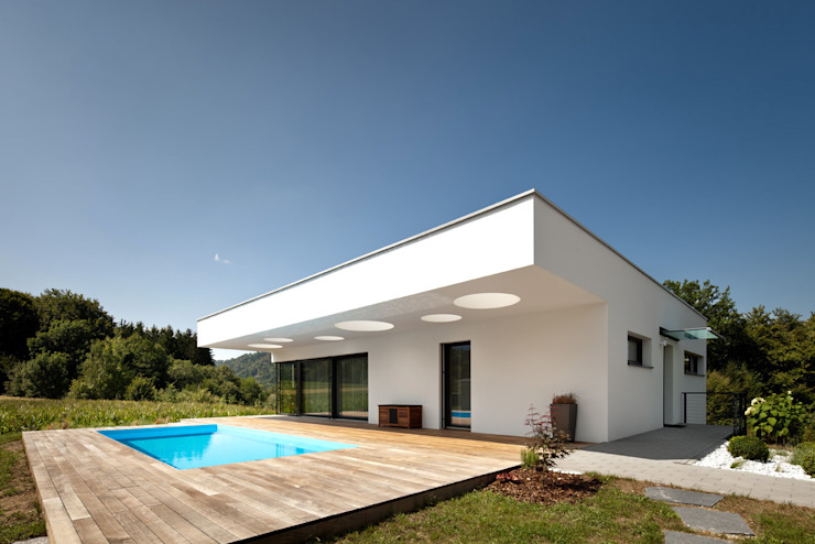 Houses by spado architects, Modern