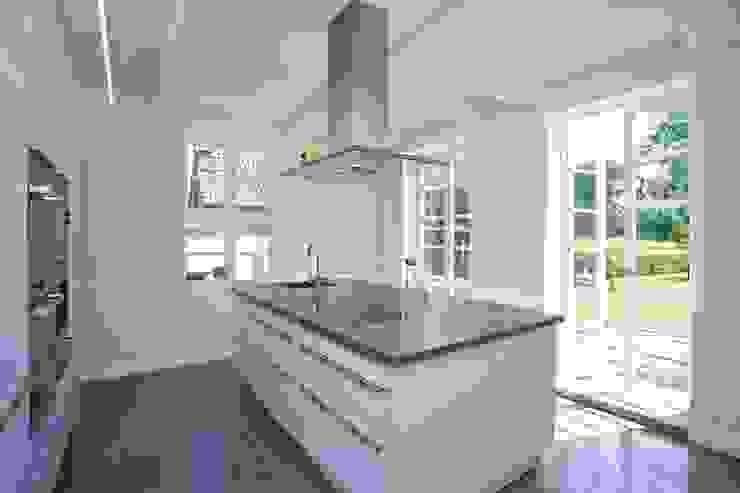 Cozinhas modernas por Bussemas Architekten Moderno