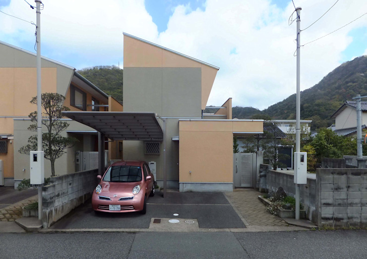 JAZZな家 正面外観 オリジナルな 家 の 株式会社SOM(ソム)建築計画研究所 オリジナル