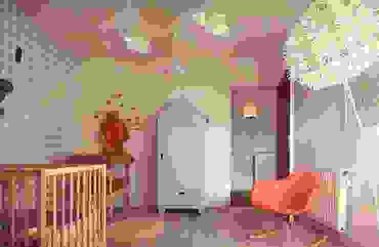 Quarto infantil moderno por Ludlow Interior Moderno