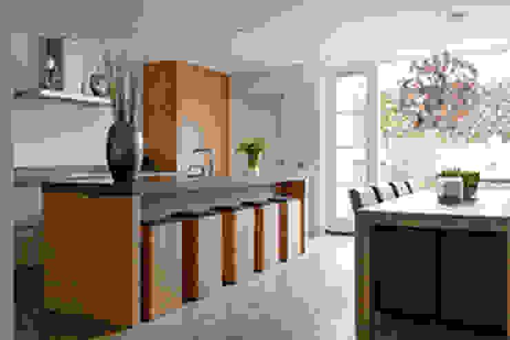 Mereno keuken. Een compleet geheel: modern  door Intermat, Modern