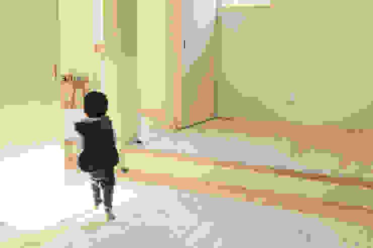 段がある景色 北欧デザインの 子供部屋 の 建築設計事務所RENGE 北欧
