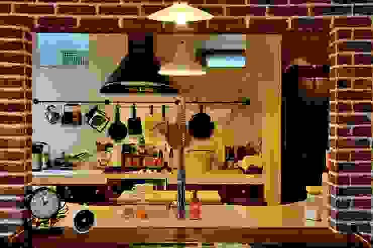沼津 I邸 ラスティックデザインの キッチン の HAPTIC HOUSE ラスティック